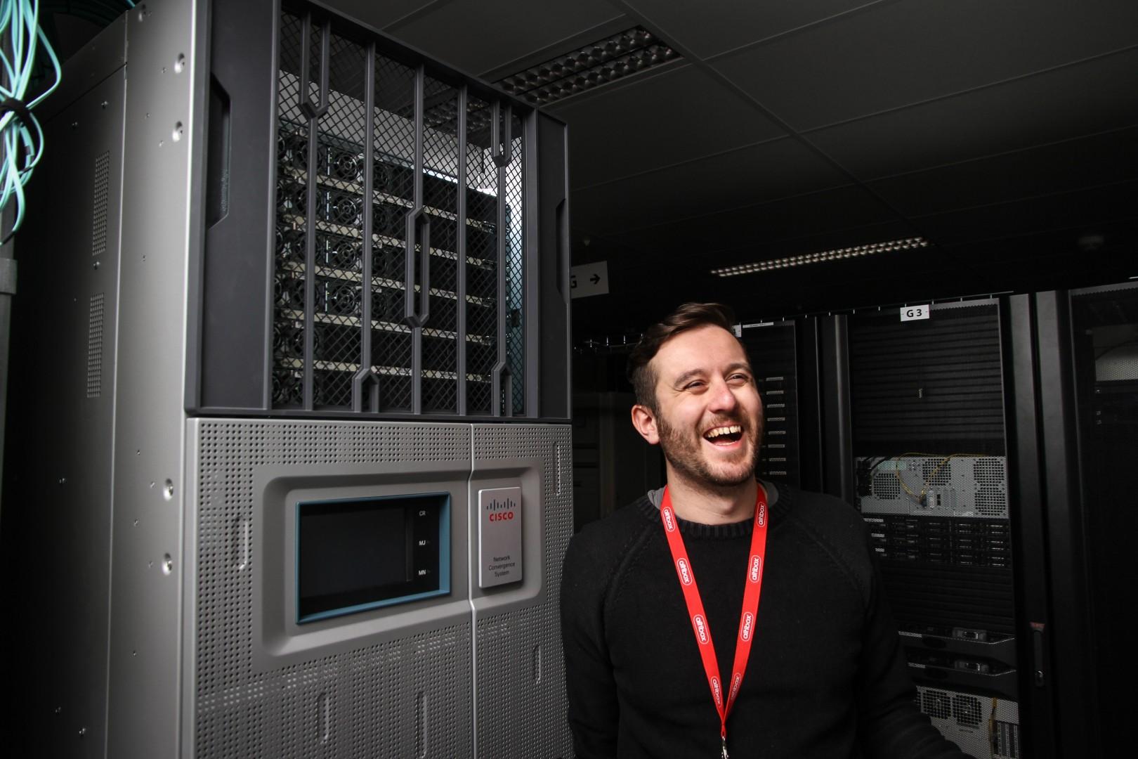 Bilde av nettverksingeniør Matteo Malvica i Altibox